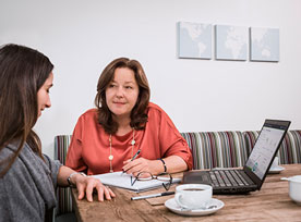 Mentor explains to a young accountant why she should pursue a CPA designation