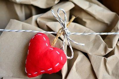 heartpackage.pixabay.jpg